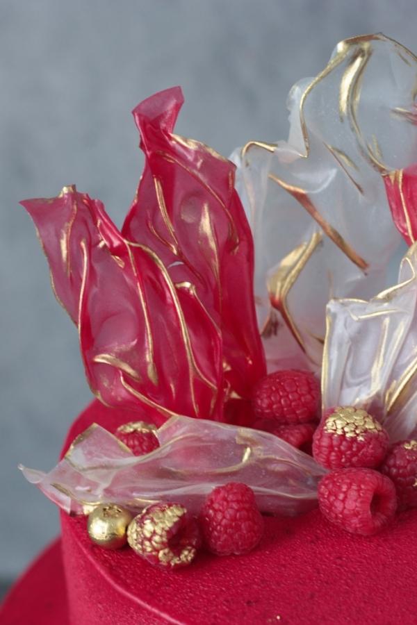 1700 р/кг + 200р велюр + 300р ягоды + топпер по чеку